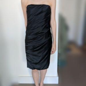 [NWT]100% Silk Vera Wang black strapless dress